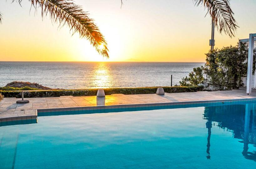 Villa with private beach Sounio Athens for rent, Holiday Villa Sounio