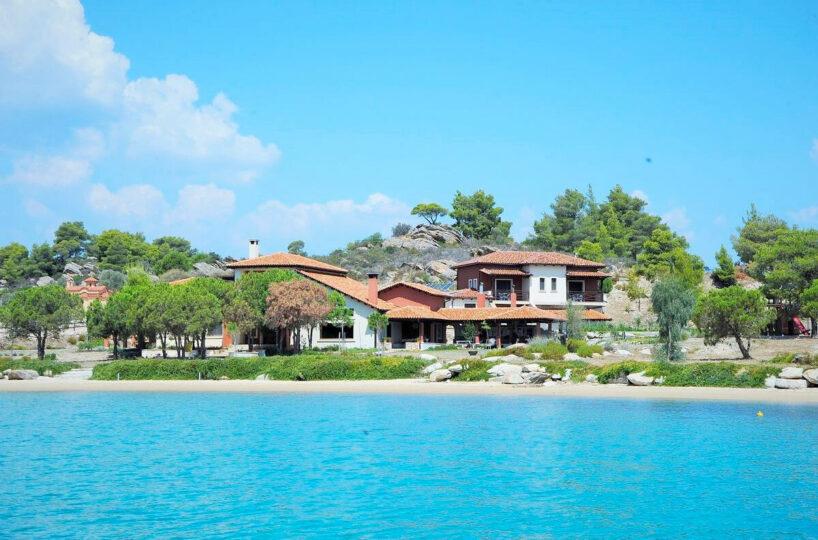 Seafront Villa in Diaporos, Sithonia Halkidiki