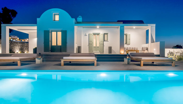 Luxury Villa in Santorini. Luxury villas, Greek island villa, Villas for rent,  Holidays villas, Rental villas Greece.