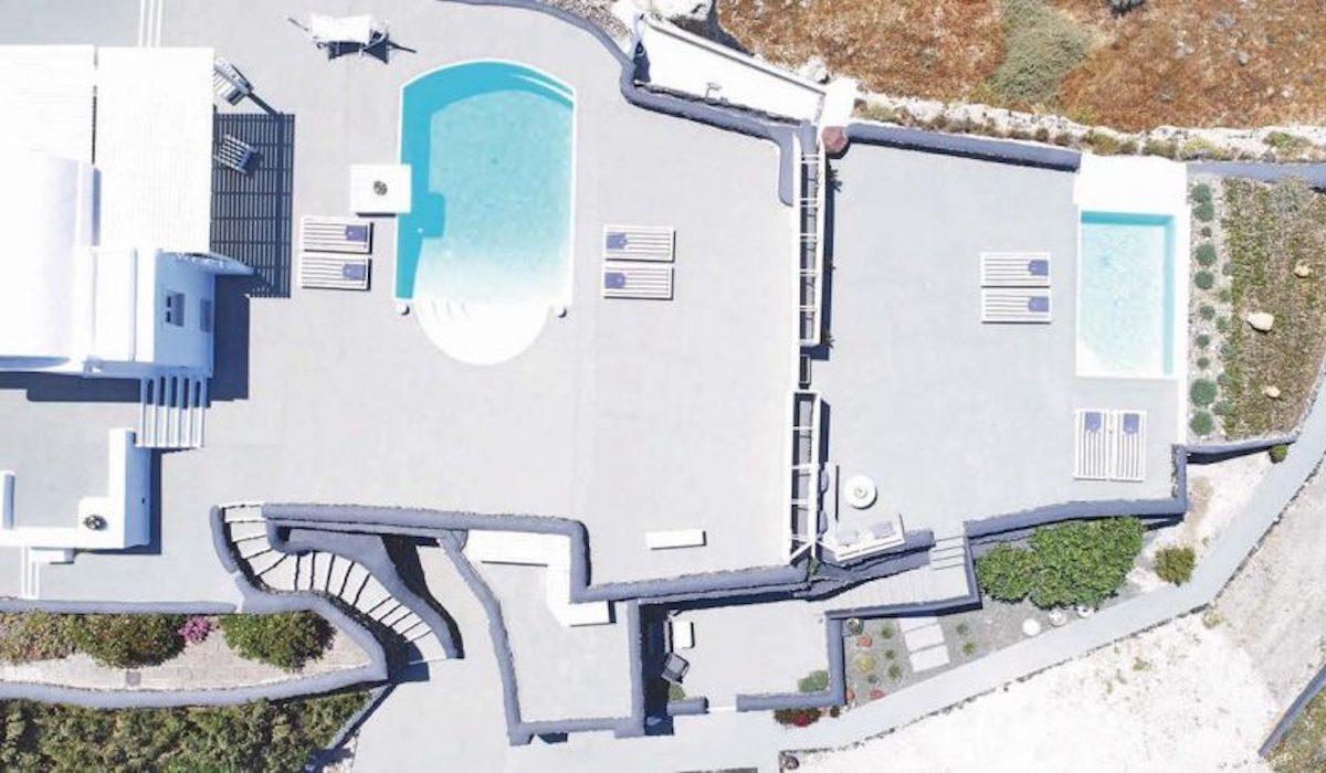 Villa at Caldera of Oia Santorini
