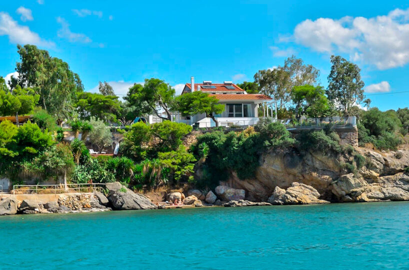 Beachfront Residence in East Athens, Seafront Holiday Villa Athens