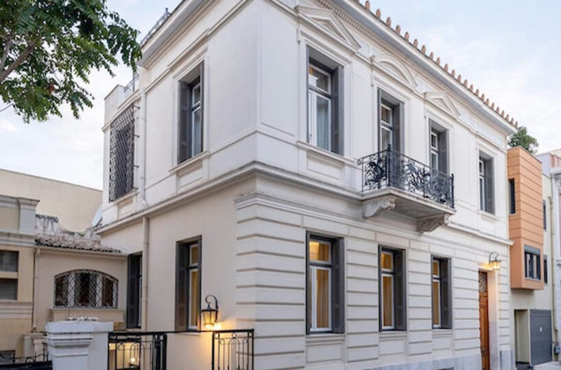 Classic Holiday House in Plaka, Center of Athens